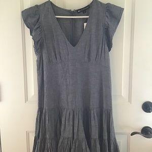 JILL STUART CHEMBRAY RUFFLE LAYERED DRESS. L.